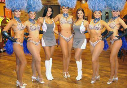 Una foto entre reinas en la República Deportiva.