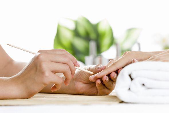9.- No cortes la cutícula: No se recomiendan cortarla, ya que pue...