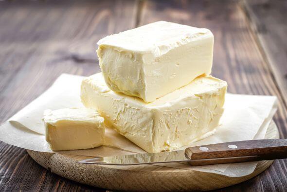 Preparación  Ablanda a temperatura ambiente la mantequilla y agrega  1 a...