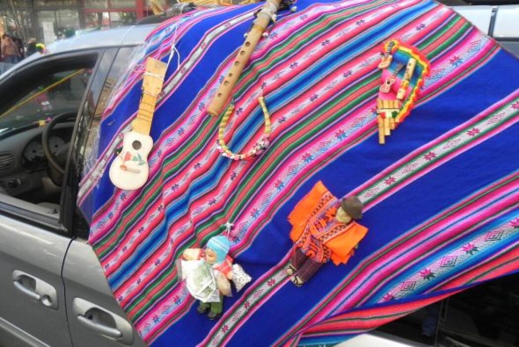 Primer desfile Boliviano de Nueva York b0bc4b10438e41b68205654fe550f2ba.jpg