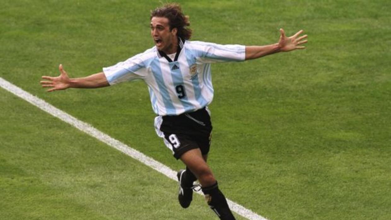 """Gabriel Batistuta. Mundialmente se le conoce como """"Batigol"""". Con Argenti..."""