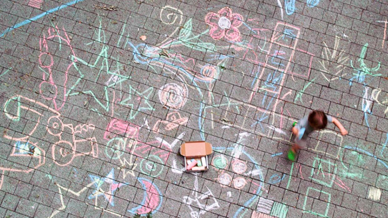 Que maravilla ver a tus hijos dibujar y sobre sus ilustraciones