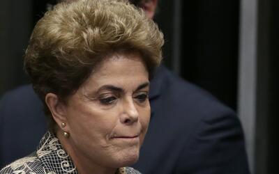 """Dilma Rousseff: """"no puedo dejar de sentir el amargo sabor de la injusticia"""""""
