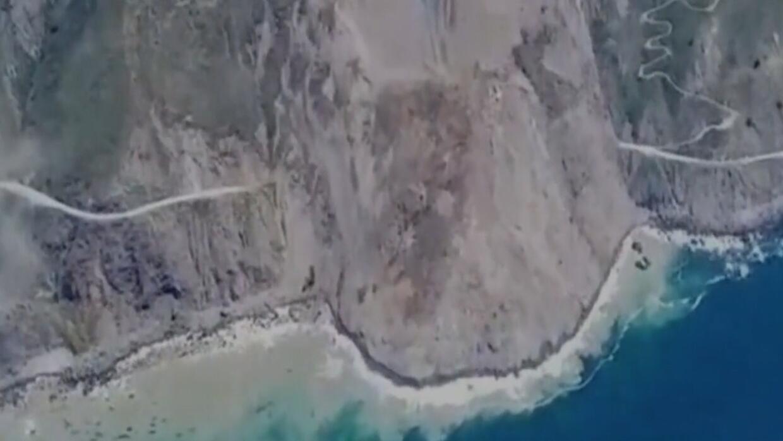Enorme derrumbe sepulta un tramo de una de las autopistas más icónicas d...
