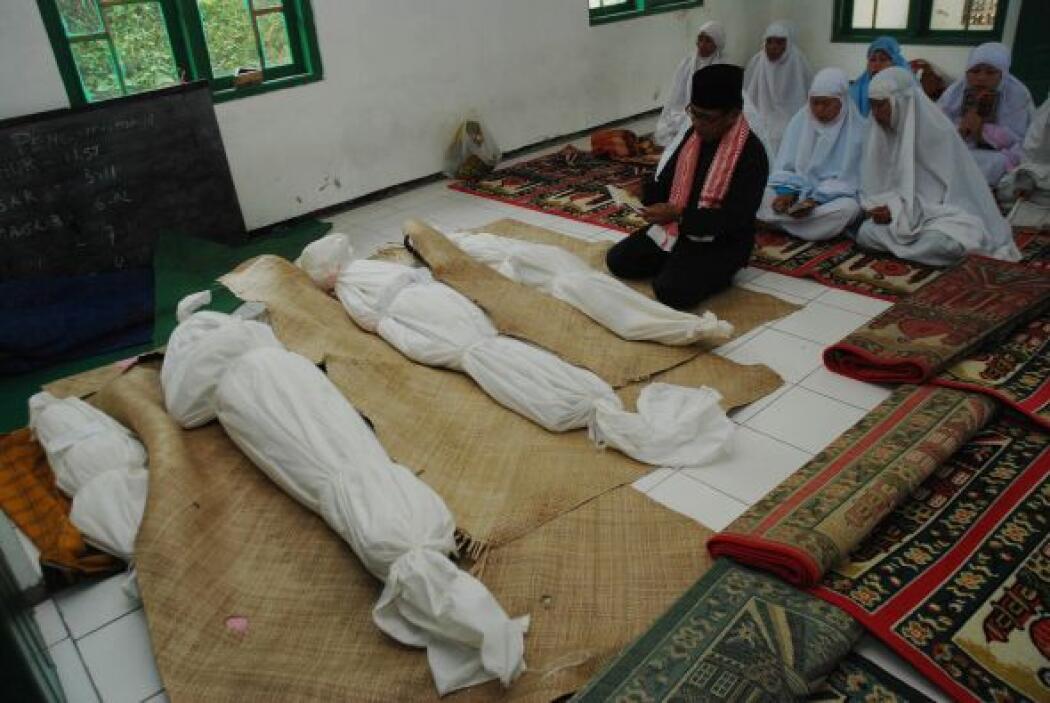 La agencia dijo que 83 personas han muerto en 53 aludes ocurridos este a...