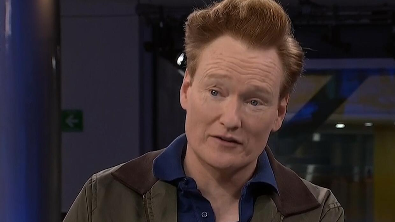 """Conan O'Brien durante su visita a México: """"Aquí nadie va a dar un peso p..."""