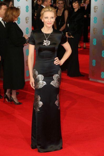 Cate Blanchet lucio un vestido de Alexander McQueen en negro con 'print'...