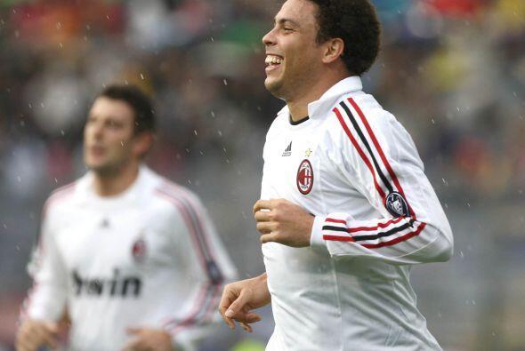 En 2007 llegó al Milan, meses después el equipo italiano  salió campeón...