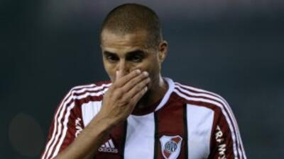 David Trezeguet no pudo anotar y River empató con Rosario