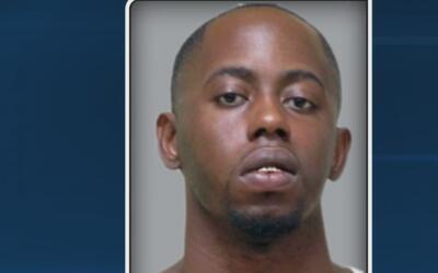 Arrestan a un hombre de Dallas acusado de prostituir a tres jóvenes en L...