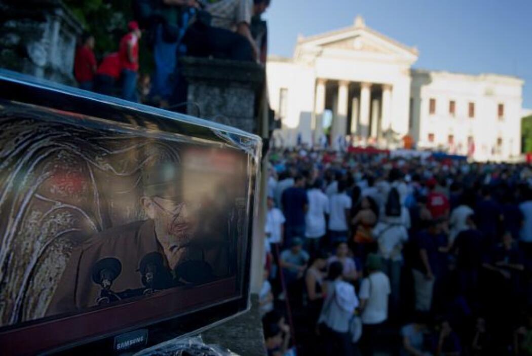 El acto fue trasmitido en directo por varios canales de radio y televisi...
