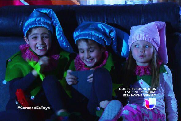 Son unos traviesos Guille, Álex y Luz, ¡con que quieren atrapar a Santa...