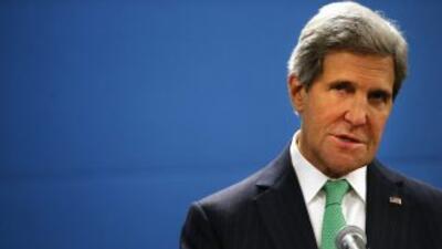 El Secretario de Estados de Estados Unidos, John Kerry, presiona para qu...