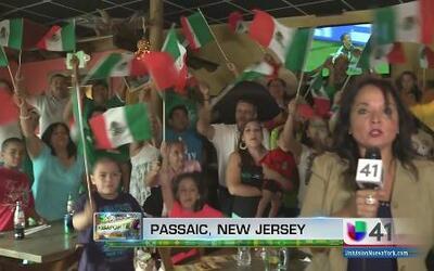 ¡México celebra pase a octavos de final!