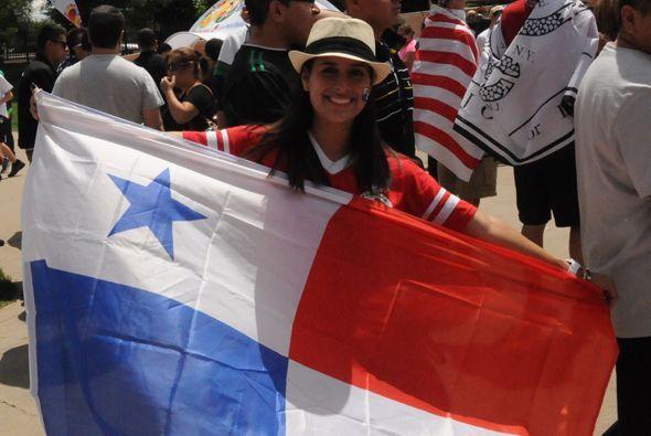 Panamá dejó las mejores imágenes de la afición.