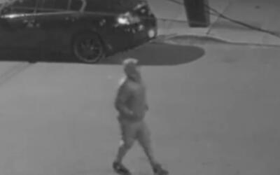 Sujeto descarga su arma contra una joven uniformada en Brooklyn