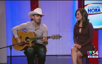 "Serenata ""A Primera Hora"" con Joss Favela"