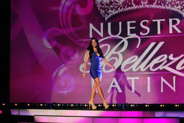 Alina ha participado en varios certamenes de belleza.