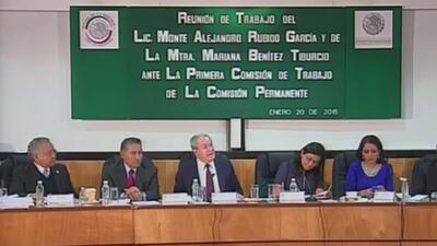 Funcionaria de la PGR miente sobre destitución de fiscal