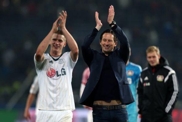 Los aficionados al fútbol en Alemania se merecen un aplauso, uno año más...