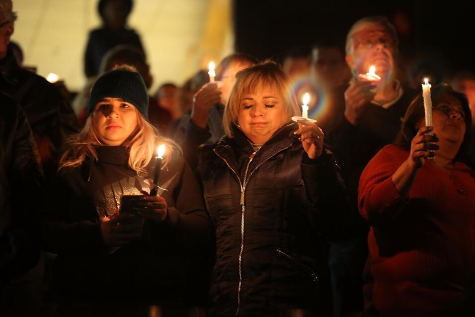 Las víctimas hispanas de tiroteo en California  vigilia11.jpg