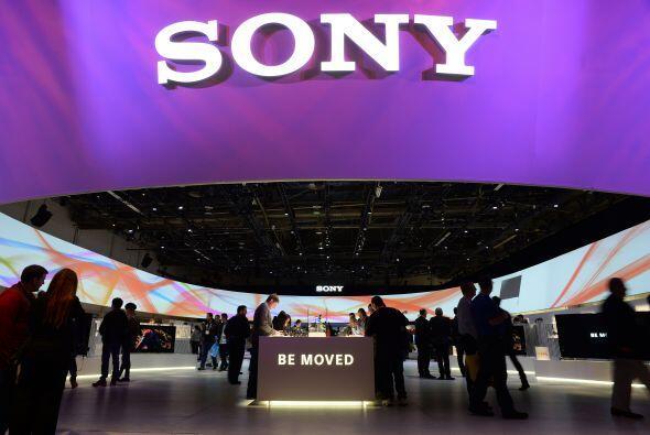 4. Sony Corp. es reconocida por sus productos electrónicos de con...