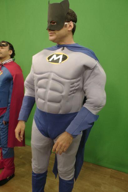 El Hombre Mariposa llegó a los Superhéroes y sus Sú...