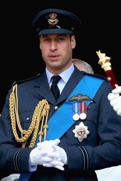 William, con su uniforme militar.