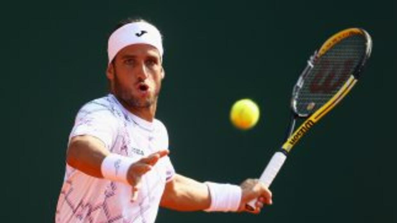 Feliciano López derrotó al italiano Filippo Volandri en dos sets, por 7-...