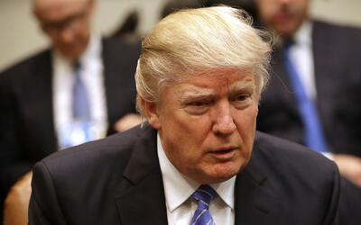 Con las primeras órdenes ejecutivas, Donald Trump comienza a cumplir pro...