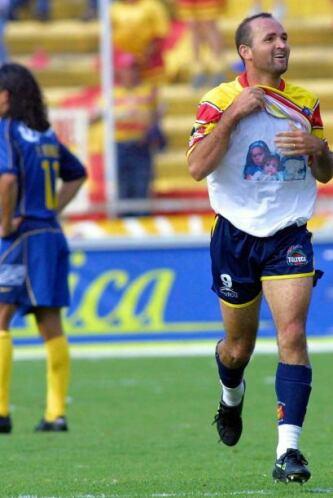 Morelia tuvo el debut soñado como campeón al vencer 2-0 al América luego...