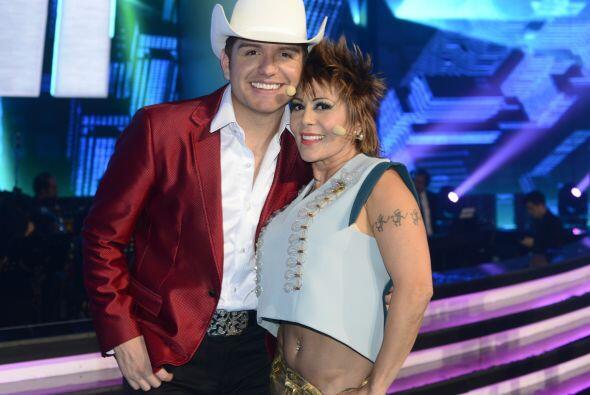 Ale Guzmán se muere por bailar con Larry esta noche... ¿Harán brillar la...