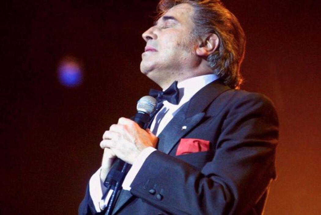 El periódico El Mercurio reportó que la decisión se debe a un caso por p...