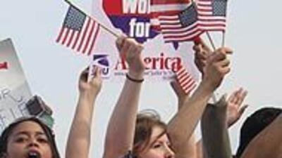 Los Angeles marchó por la reforma migratoria y para que el gobierno fren...