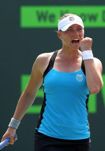 La segunda sembrada del US Open, Vera Zvonareva está pisán...