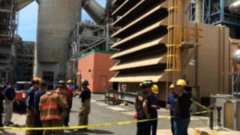 La explosión en la central termoeléctrica de Guaynabo, Puerto Rico, dejó...