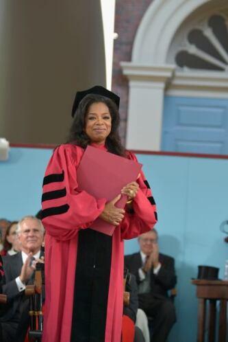 La presentadora Oprah Winfrey considerada una de las mujeres más poderos...