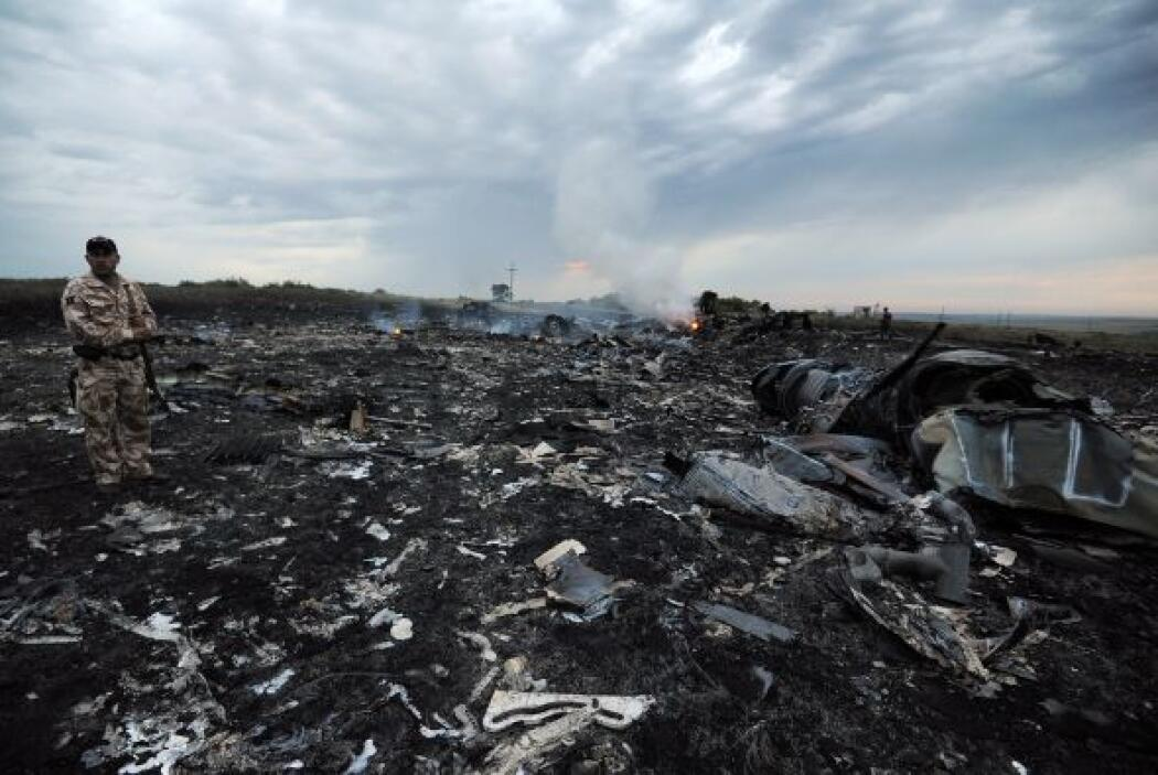 La aerolínea Malaysia Airlines corrigió que en el avión de pasajeros que...