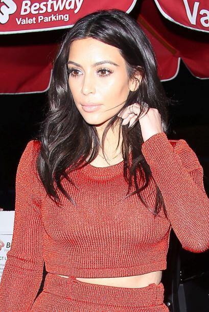 Kim y Brittney fueron a cenar mariscos en Beverly Hills. Más videos de C...