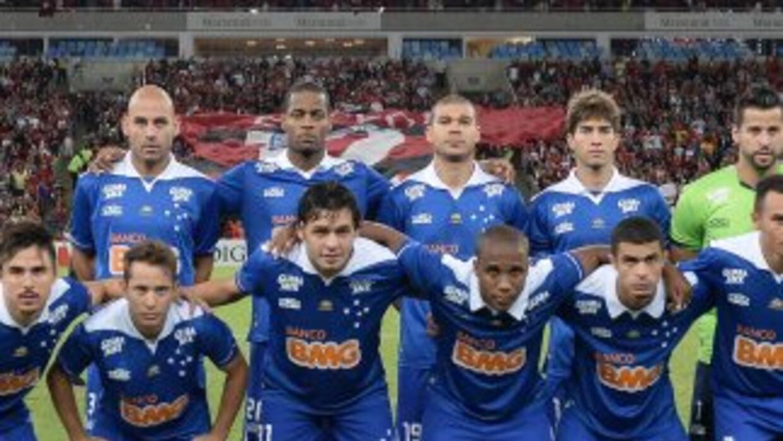 Cruzeiro goleó al Naútico y mantuvo los once puntos de ventaja que le se...