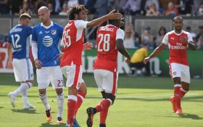Joel Campbell festeja su gol ante las Estrellas de la MLS.