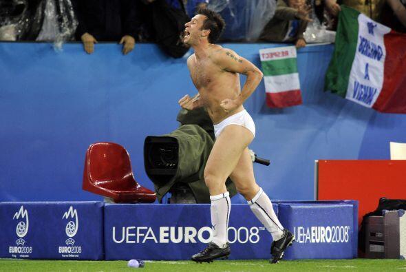 Italia lograba el pase a Cuartos de Final, donde cayeron ante España, pe...