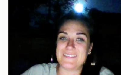 Dale Demi transmitía en vivo cuando se iluminó el cielo.