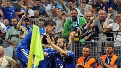 Bosnia goleó a Israel y todavía puede meterse a la Eurocopa