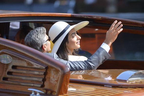 El lunes, la nueva pareja acudió hasta uno de los juzgados de Venecia pa...