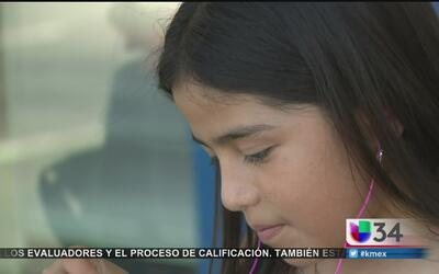 Niños podrían exponerse a sordera por uso de audífonos