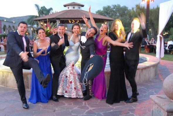 Paul, Maity, Paola, Karla, William, Ana, Karla y Alan haciendo locuras c...
