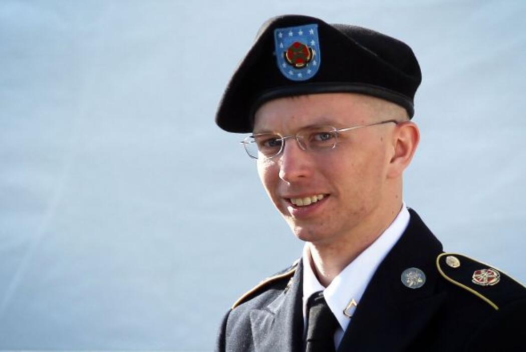 BRADLEY MANNING. Es un exanalista de inteligencia del Ejército de los Es...