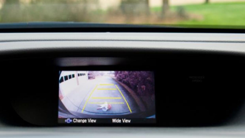 Las cámaras de reversa pueden evitar muchos accidentes.