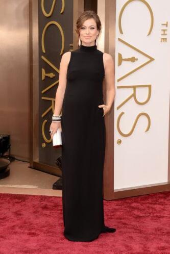 Otra de las embarazadas 'fashion' de la noche fue Olivia Wilde. La actri...
